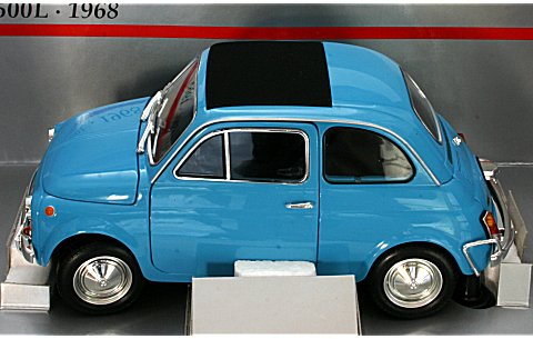 フィアット 500L 1968 ブルー (1/18 ミニチャンプス150121600� title=