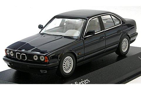 BMW 5シリーズ (E34) 1988 ブルーM (1/43 ミニチャンプス431024201)