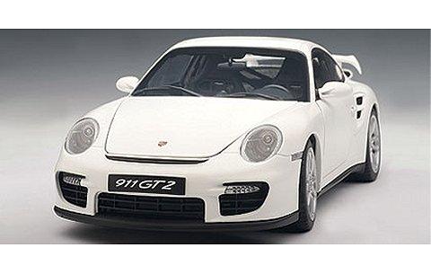 ポルシェ 911 (997) GT2 ホワイト (1/18 オートアート77890)