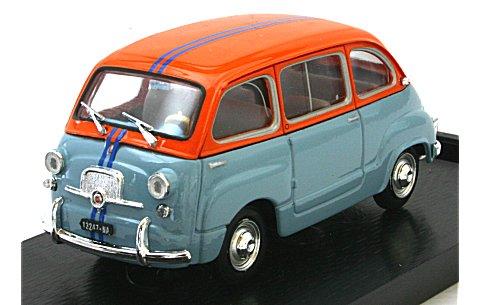 フィアット 600D ムルティプラ 1966 (1/43 ブルムR469)
