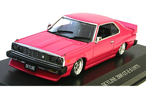 ニッサン スカイライン HT 2000 GT-E・S 前期型 カスタムスタイル ピンクM (1/43 ディズム088197)