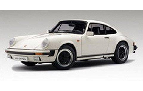 ポルシェ 911 カレラ 1988 ホワイト (1/18 オートアート78012)