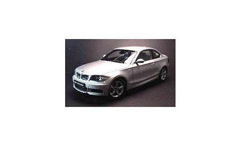 BMW 135i クーペ (E82) シルバー (1/18 京商K08722S)