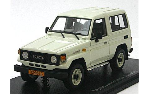 トヨタ ランドクルーザー LJ70 ホワイト (1/43 ネオNEO43995)