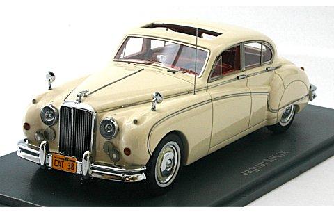 ジャガー Mk8 1957 ホワイト (1/43 ネオNEO43143)