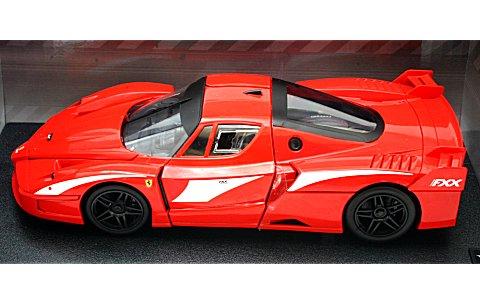 フェラーリ FXX evoluzione レッド (1/18 マテルMT6245T)