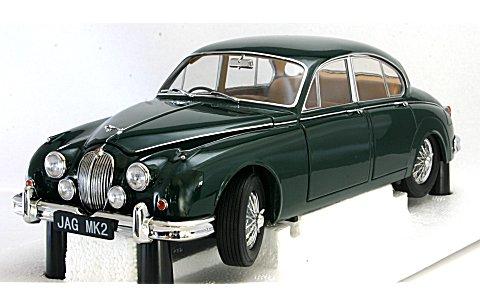 ジャガー Mk2 3.8 1962 右ハンドル ブリティッシュレーシンググリーン (1/18 モデルアイコンズ2010002)