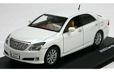 トヨタ クラウン ロイヤルサルーン 2008 ホワイト (1/43 JコレクションJC51001WP)