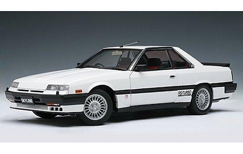 ニッサン スカイライン ハードトップ 2000 ターボ インタークーラー RS-X (DR30) ホワイト (1/18 オートアート77427)
