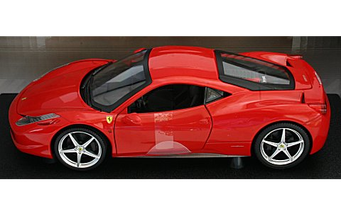 フェラーリ 458 Italia レッド (1/18 マテルMT6917T)