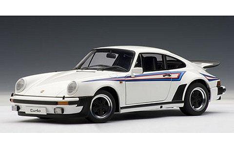 ポルシェ 911 3.0 ターボ ホワイト/MARTINIストライプ (1/18 オートアート77972)