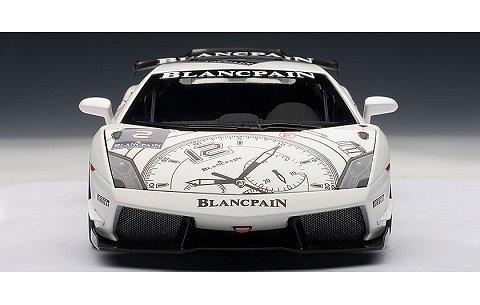 ランボルギーニ ガヤルド LP560-4 スーパートロフェオ ホワイト/ブランパン No2 (1/18 オートアート74689)