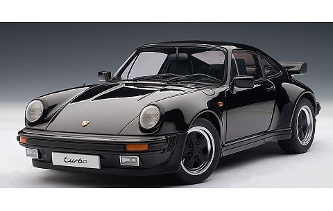 ポルシェ 911 (930) 3.3 ターボ ブラック (1/18 オートアート77981)