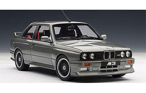 BMW M3 「チェコットエディション」 1989 シルバー (1/18 オートアート70567)