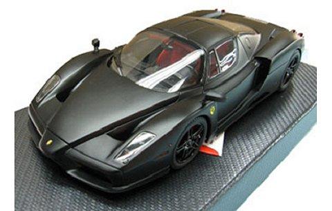 フェラーリ エンツォ マットブラック (1/18 BBR HE180042)