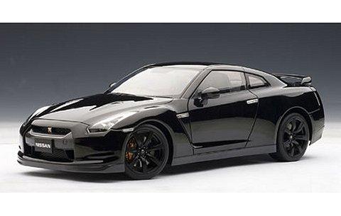 ニッサン GT-R (R35) マット・ブラックホイール Ver. スーパーブラック (1/18 オートアート77394)