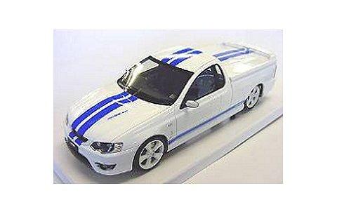 フォード PV BF GT コブラ ホワイト/ブルーライン (1/18 ビアンテBIBR18307D)