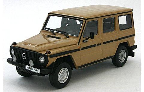 メルセデスベンツ 230 GE (W460-461) 1980 クリーム (1/43 ミニチャンプス400038000)