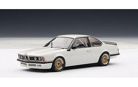BMW 635 Csi プレーンボディ ホワイト (1/43 オートアート68447)