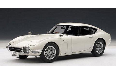 トヨタ 2000GT ワイヤースポークホイール バージョン ホワイト (1/18 オートアート78744)