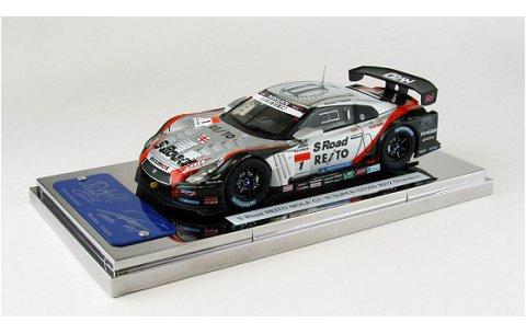 エスロード REITO MOLA GT-R スーパーGT500 2012 チャンピオン No1 (1/43 エブロ44897)