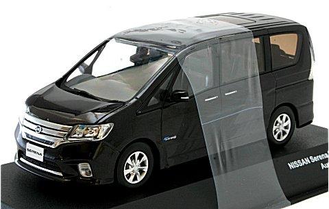 ニッサン セレナ ハイウェイスター S-Hybrid オーロラモーヴ (1/43 JコレクションJC68004AM)