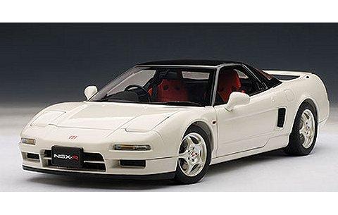 ホンダ NSX タイプ R 1992 チャンピオンシップ・ホワイト (1/18 オートアート73296)
