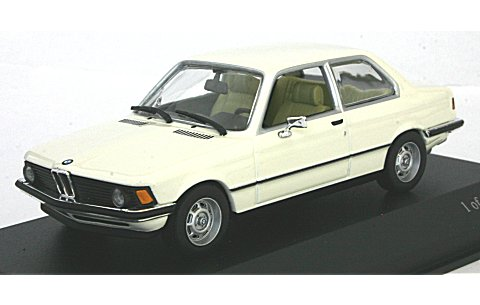 BMW 3シリーズ 1975-1983 (E21) ホワイト (1/43 ミニチャンプス430025410)