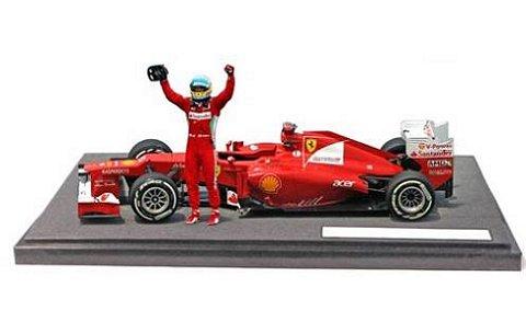 フェラーリ F2012 F・アロンソ マレーシアGP ウイナー (フィギュア付)限定 (1/18 マテルMTBBW94)