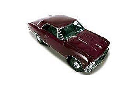 1966 シボレー Chevelle SS プラムミスト (1/18 アメリカンマッスルAMM1008)