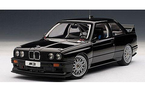 BMW M3 (E30) DTM プレーンボディ ブラック (1/18 オートアート89247)