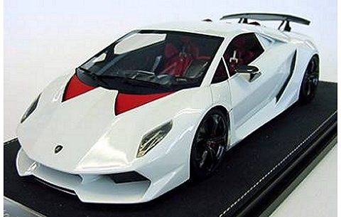 ランボルギーニ Sesto Elemento ホワイト (1/18 フロンティアートF009-02)