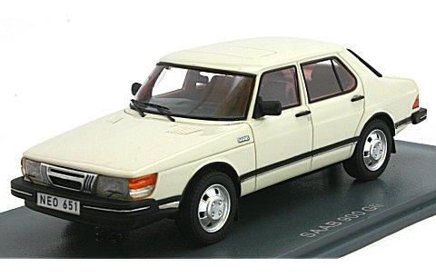 サーブ 900 GLI 4ドア 1981 ホワイト (1/43 ネオNEO43651)