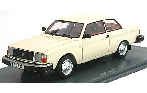 ボルボ 242 1979 ホワイト (1/43 ネオNEO43822)