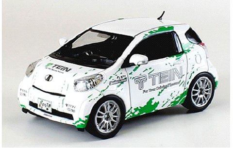 トヨタ iQ TEIN VERSION ホワイト/グリーン (1/43 JコレクションJC60003TE)
