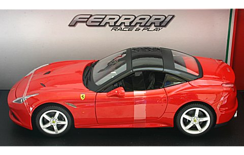 フェラーリ カリフォルニア クローズドトップ レッド (1/18 ブラーゴ BB200-452)