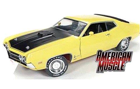 1970 フォード トリノ コブラ (Hemmings Muscle Machines) イエロー (1/18 アメリカンマッスルAMM1049)