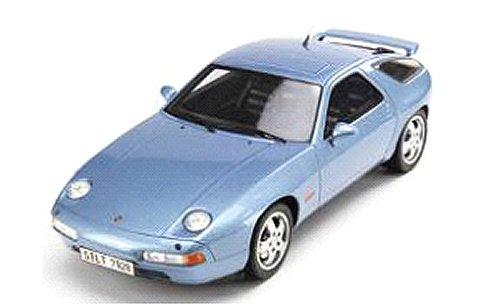 ポルシェ 928 GTS ライトブルー (1/18 GTスピリット GTS006CS)