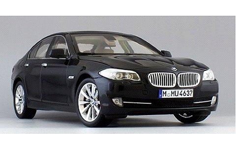 BMW 535i Mブラック (GTAシリーズ) (1/18 ウエリーWE11001MBK)