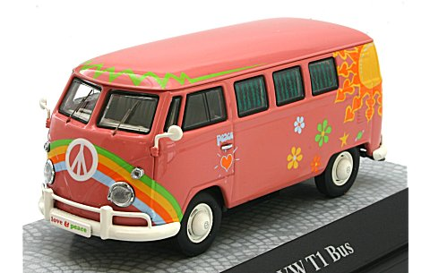 フォルクスワーゲン T1 バス 「Flower Power」 ピンク (1/43 プレミアムクラシックスPCS13851)