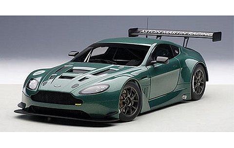 アストンマーチン V12 ヴァンテージ GT3 2013 Mグリーン (1/18 オートアート81306)