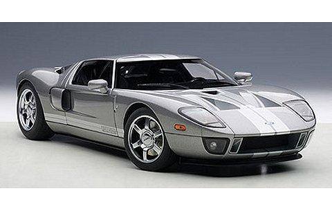 フォード GT グレー/シルバーストライプ (1/18 オートアート73025)