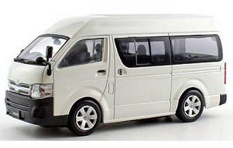 トヨタ ハイエース ハイルーフ 2013 ホワイト (1/43 京商KS03652W)