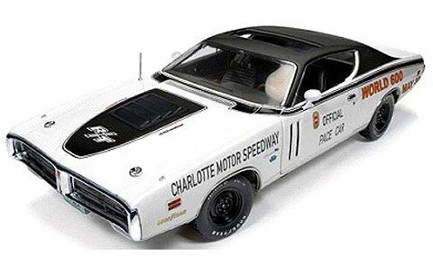 1971 ダッジ チャージャー シャーロット・モーター・スピードウェイ World 600 ペースカー (1/18 アメリカンマッスルAW223)