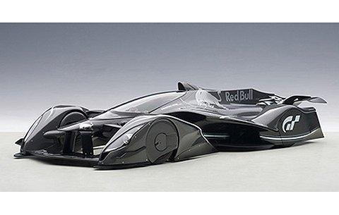 レッドブル X2014 ファンカー ダークシルバーM (1/18 オートアート18116)