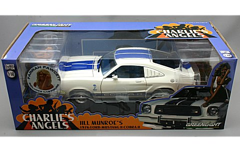 チャーリーズエンジェル フォード マスタング コブラ II ジルモンローフィギュア付 (ファラフォーセットメジャース) (1/18 LG55 GL12880-B)