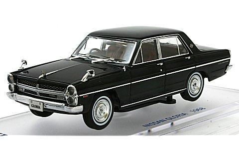 ニッサン グロリア (PA30) スーパーDX 1968 ブラック (1/43 エニフENIF0034)