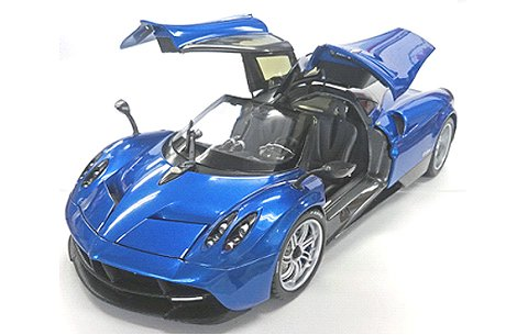 パガーニ ウアイラ ブルー (GTAシリーズ) (1/18 ウエリーWE11007BL)