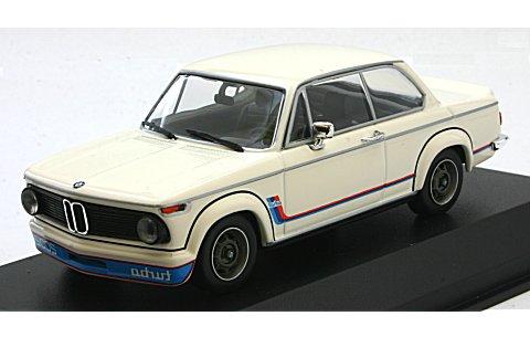 BMW 2002 ターボ 1973 ホワイト (1/43 ミニチャンプス940022201)