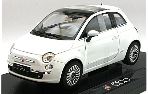 フィアット 500 2007 ホワイト (1/18 ウエリーWE18012W)